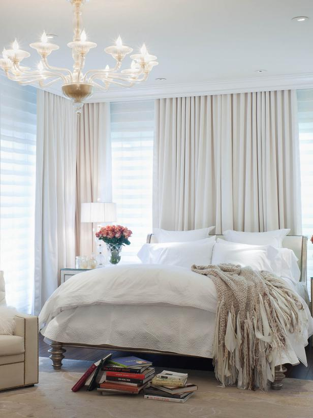 DP_Jamie-Herzlinger-white-art-deco-bedroom