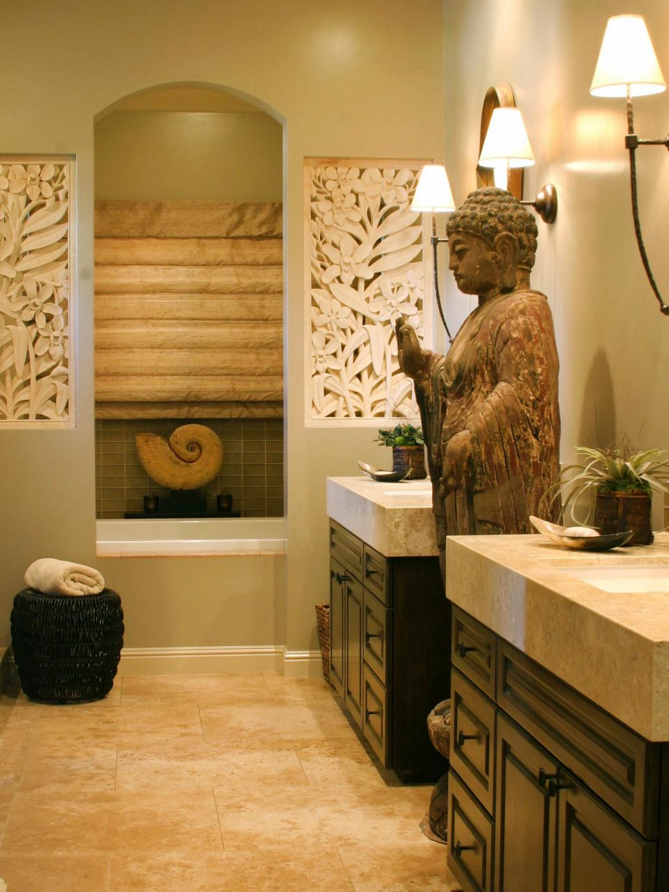 Original_Gail-Wainwright-Asian-Zen-style-master-bathroom
