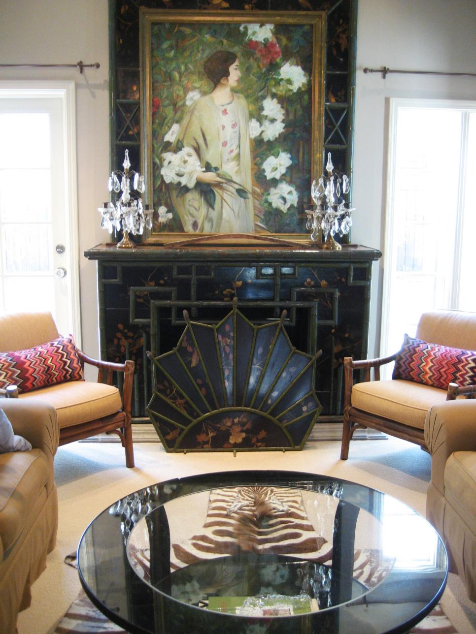 RMS_ladolfina-chinoiserie-living-room-fireplace-artwork